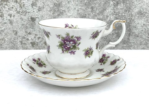 Royal Albert: Sweet Violet